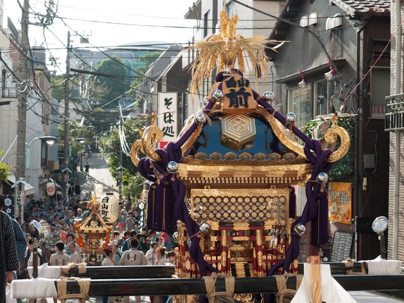 白山神社例大祭神輿渡御